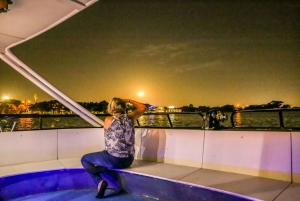 Perth Swan River Dinner Cruise with Beverages & Live Music