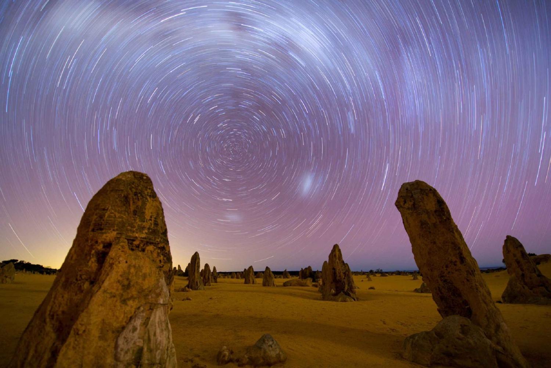 Pinnacle Desert Sunset and Stargazing with Dinner