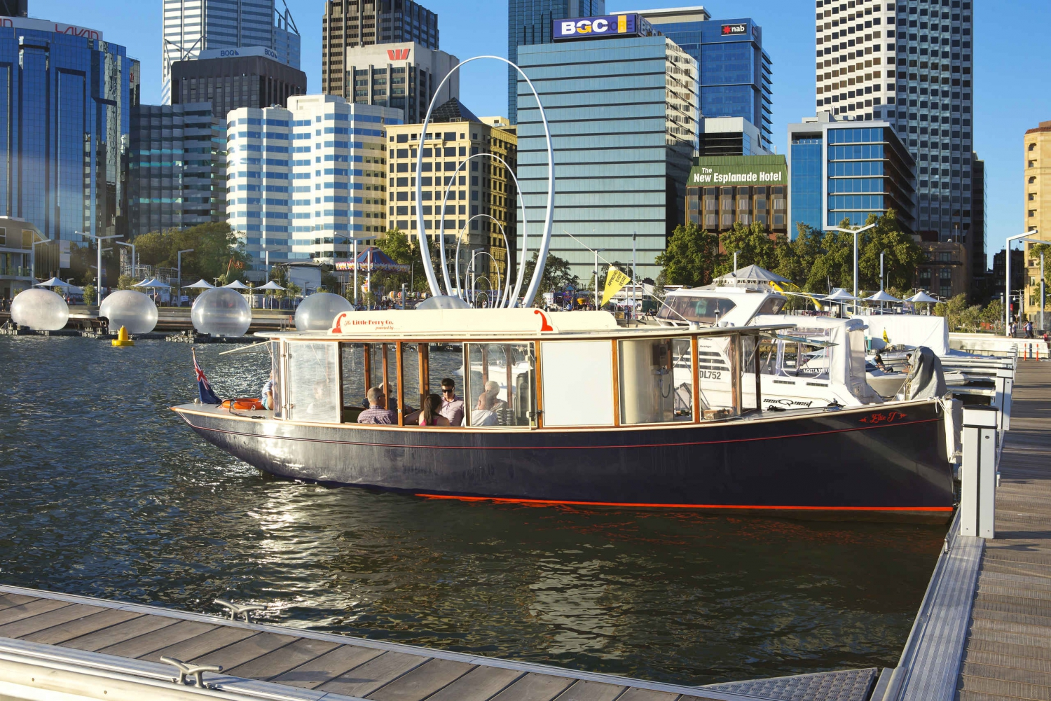 Swan River Boutique Ferry Cruise from Perth