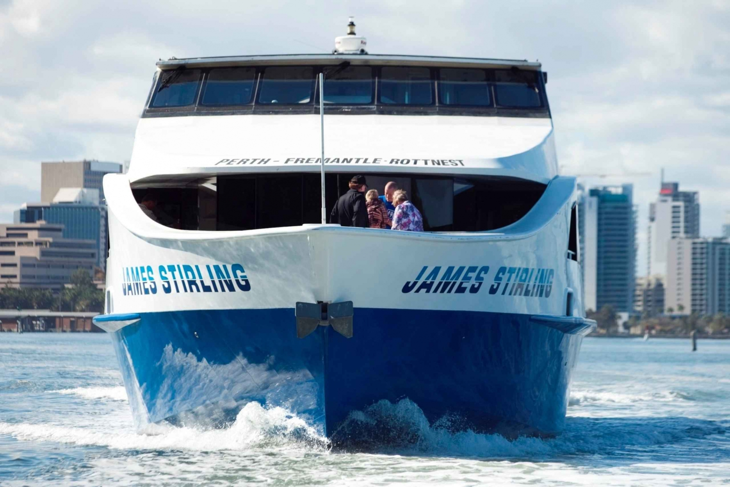 Swan River Round-Trip Cruise from Perth or Fremantle