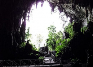 Caving - Exploring the mystery of the caves
