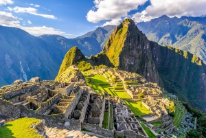 Cusco: 2 Days Sacred Valley and Machu Picchu Guided Tours