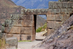Cusco: Full-Day Sacred Valley and Maras Tour