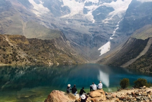 Cusco: Trek to Humantay Lagoon with Breakfast and Lunch