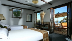 Hotel Suasi Island