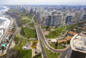 Lima: Private Transfer between Airport and Miraflores Hotels