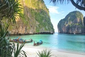 Phi Phi Islands: Early Bird Tour From Phuket and Khao Lak