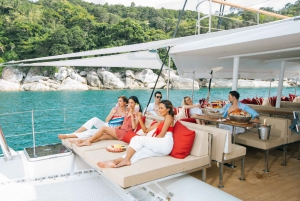 Southern Islands Day Trip by Yacht
