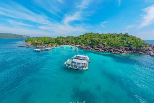 3 Islands Full-Day Snorkeling Tour