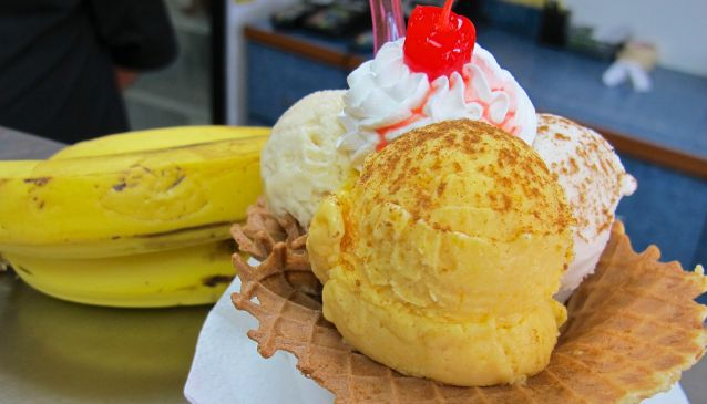 Quirky Frozen Desserts in Caguas