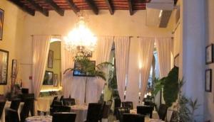 311 Trois Cent Onze Restaurant