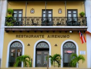 Airenumo Restaurante at Plaza de la Barandilla