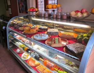 Airenumo Restaurante in Old San Juan Dessert Case