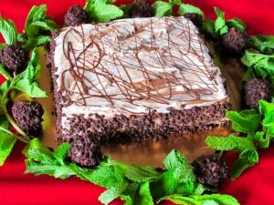 Airenumo Chocolate Cake