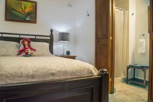 Casa Sol Queen Bed