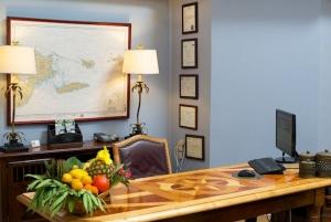 Club Seabourne Hotel Culebra Front Desk
