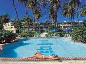 Costa Dorada Beach Resort & Villas Isabela