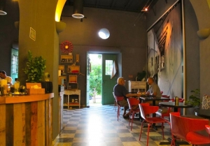 Cuartro Sombras Café