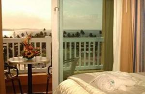 King Suite Embassy Suites Dorado, PR