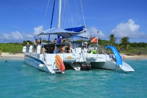 Fajardo: Catamaran Day Trip to Deserted Icacos Island