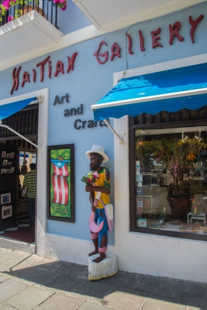Sculpture for Photos at Haitian Gallery