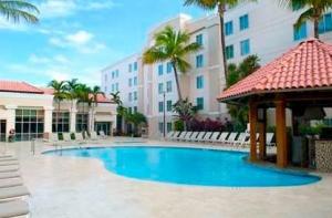 Pool area Hampton Inn & Suites, Isla Verde, PR