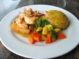 La Colina Shrimp in Almond Sauce w Mofongo Mixto