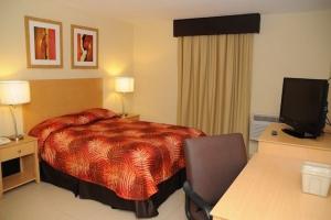 El Faro King Bedroom