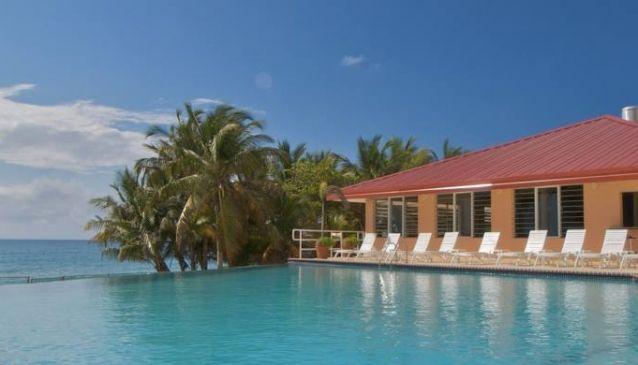 Parador MaunaCaribe Hotel