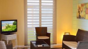 Two-Bedroom Cabana Living Room