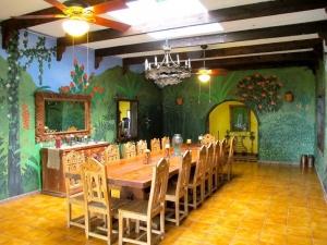Villa Loma Sol Dining Room, Rio Grande