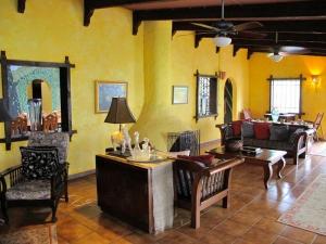 Villa Loma Sol Living Room, Rio Grande