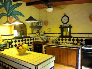 Villa Loma Sol Kitchen, Rio Grande