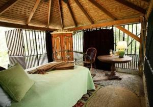 Mango Bedroom, Rio Grande
