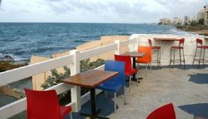 Waikiki Caribbean Food and Oyster Bar