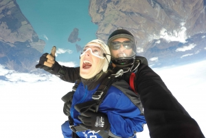 Glenorchy Tandem Skydive with Transport from Queenstown