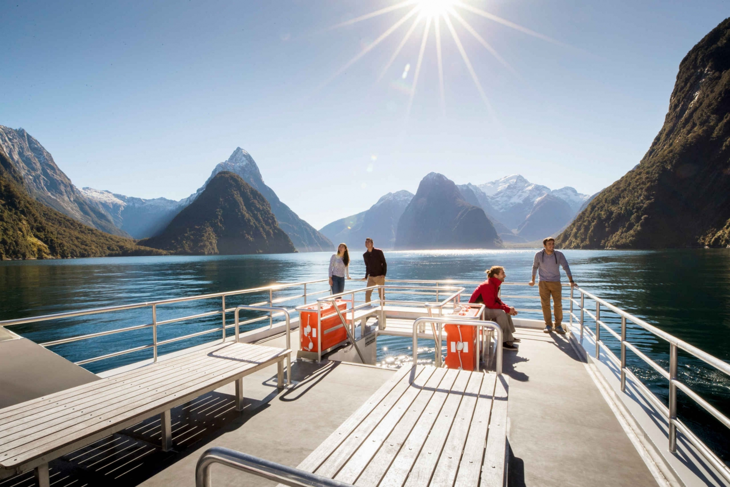 Milford Sound Coach, Cruise, Observatory & Lunch