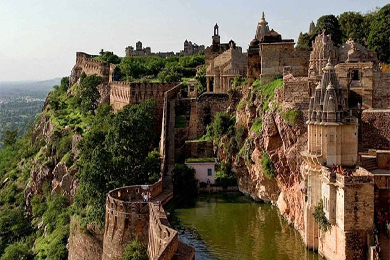 Chittorgarh: Private Day Tour with Lunch