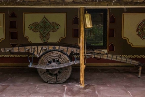 Jaipur: Chokhi Dhani with Private Transportation and Dinner