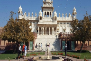 Private Day Tour of Jodhpur with Lunch