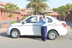 Udaipur: Airport Transfer from and to the City
