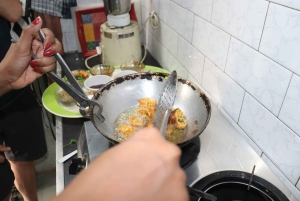 Udaipur: Private 4-Hour Indian Food Cooking Class with Meals