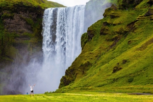From Reykjavik: Iceland's South Coast and Glacier Tour