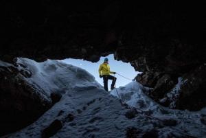 Golden Circle Tour and Caving in Leidarendi Lava Tunnel