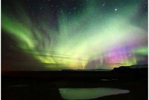 Northern Lights Hunt from Reykjavik by Minibus