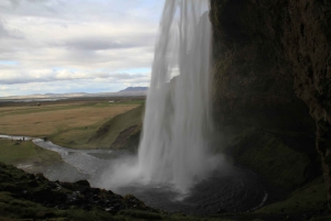 Private South Coast & Eyjafjallajökull Tour