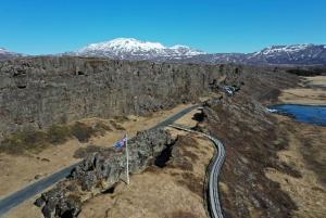 Reykjavik: Golden Circle & River Rafting Tour