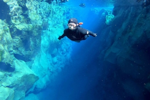 Silfra: Snorkeling with Underwater Photos & Pickup Service