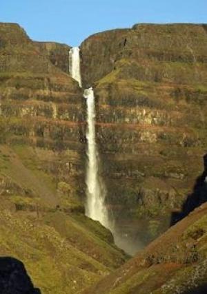 Waterfall tiers