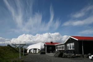 Við Fjöruborðið - At the seashore